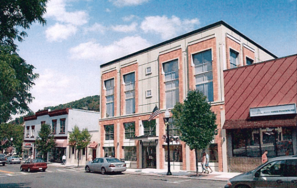 Lafayette Center